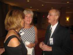 Cindy Guldner Schroeder, Betty Schmitt Busch, Jack Godkin   IMG_0202.JPG