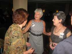 Joyce Klie Sarver, Betty Schmitt Busch, Diana Gonzalez Scatton   IMG_0204.JPG