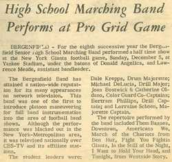Article--Band at Giant's game